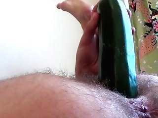 Zucchini Injection, Fuck & Have Fun In Hairy Vulva