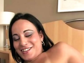 Erotic Tgirl Thabata makes her shaft jizm