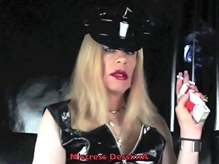 Lady Dess Smokes In Pvc